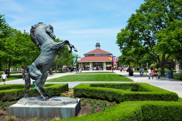 Brookfield Zoo (credit: Shutterstock)